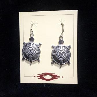 EAR SILVER TURTLES W SWIRLED BACK
