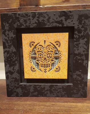 WALL FRAME CALAVERA ON MIRRORED BACKGROUND